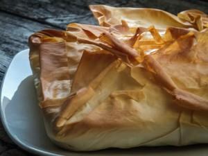 пирог из фило со шпинатом и творогом1