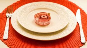 Низкокалорийное питание против диет