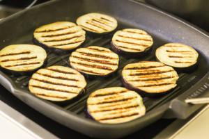 диетические блюда из овощей - баклажанов, помидор и феты