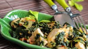 Быстрое блюдо из куриного филе и шпината