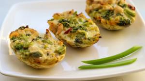 Закусочные маффины из филе и брокколи