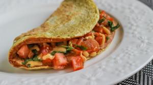 Модный и полезный овсяноблин с помидорами и сыром