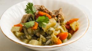 Ирландское рагу из курицы и овощей в мультиварке