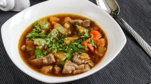 Низкокалорийный суп-похлебка из мраморной говядины