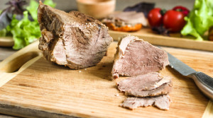 Пряная говядина для низкокалорийного перекуса